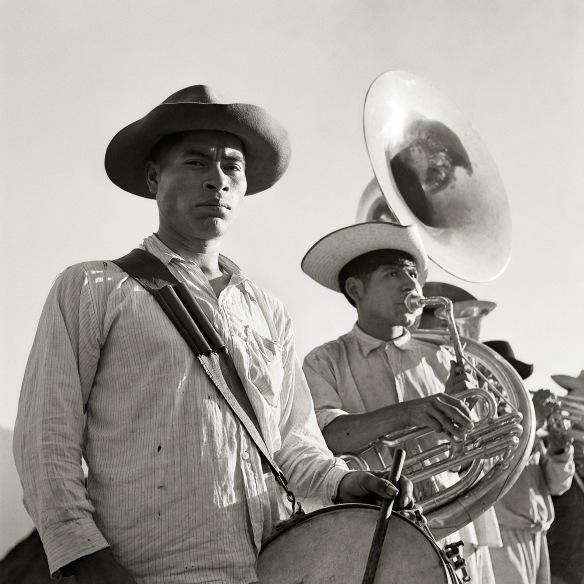 musicos-en-tlahuitoltepec-el-fotografo-juan-rulfo-museo-amparo-puebla-20170405-104657
