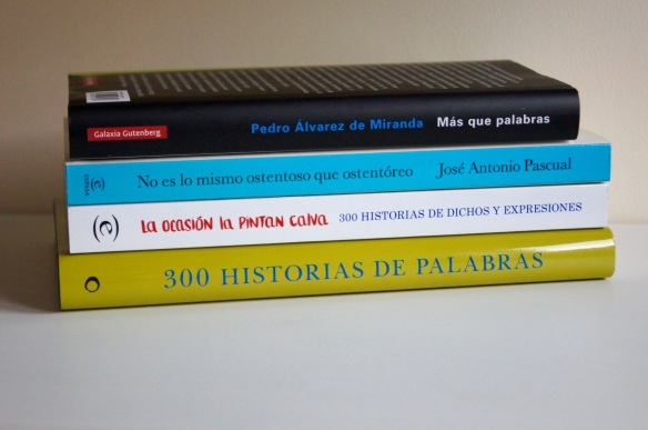 Distintos académicos escriben sobre dudas y curiosidades del español.
