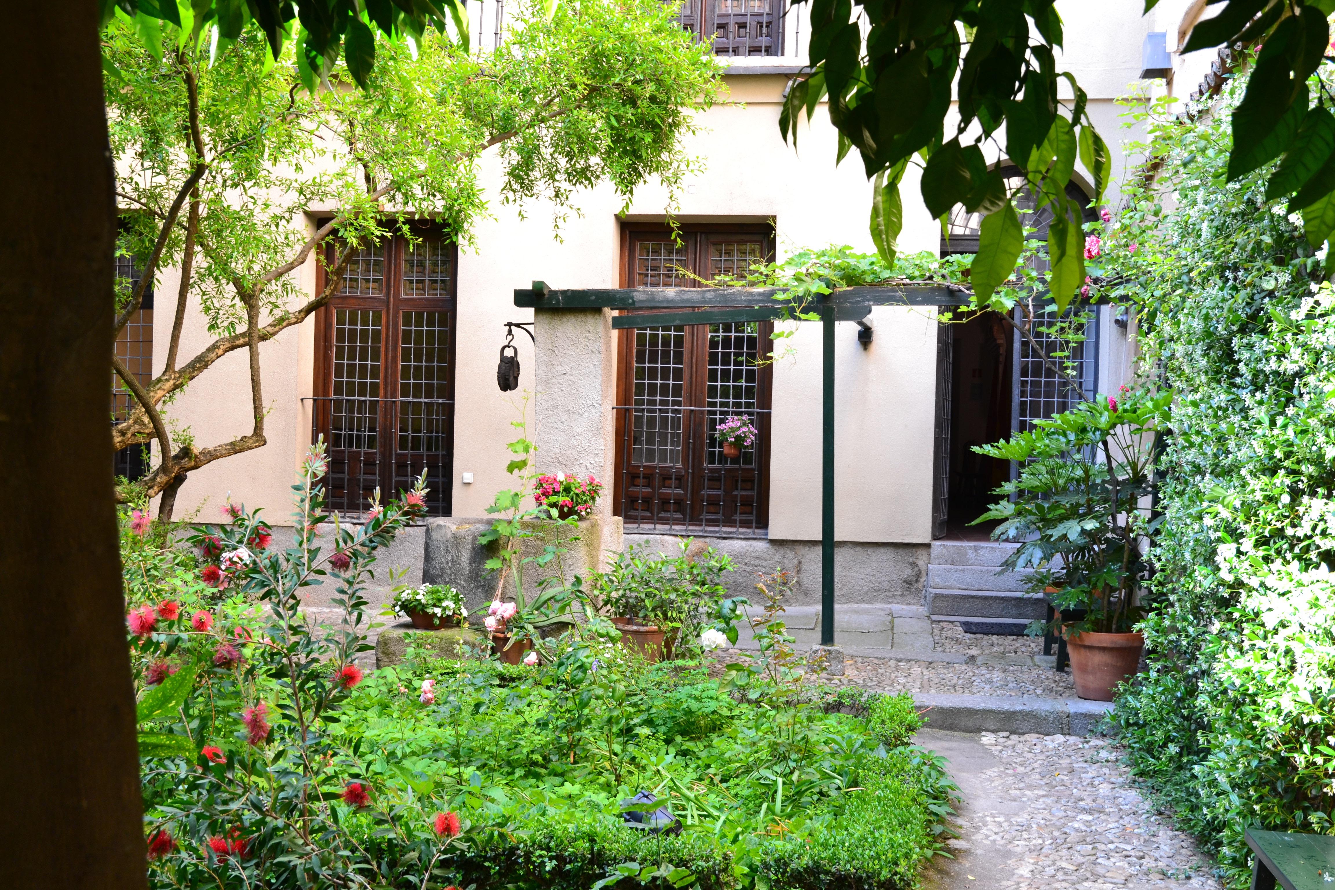Jardín y huerto de la Casa de Lope, en Madrid.